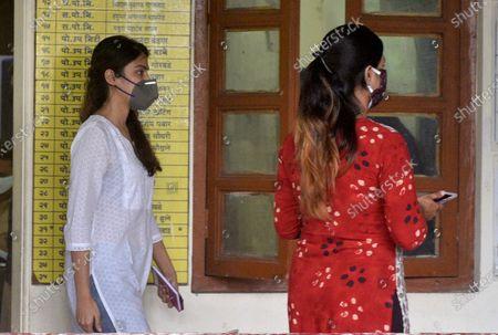 Editorial picture of Bollywood Actor Rhea Chakraborty Arrives At Santacruz Police Station For Attendance, Mumbai, MUM, India - 08 Oct 2020