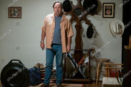 Richard Karn as Fred Peters