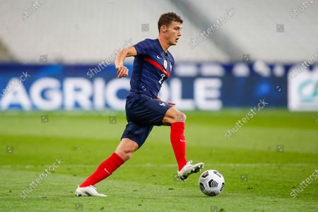 France's defender Benjamin Pavard controls the ball during the international friendly football match