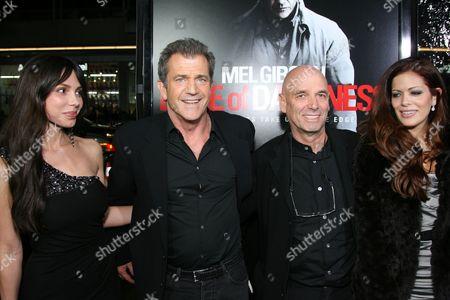 Oksana Grigorieva, Mel Gibson, Martin Campbell and Sol E. Romero