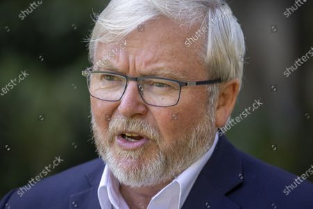Former Australian prime minister Kevin Rudd speaks to the media during a press conference at Brisbane City Botanic Garden in Brisbane, Australia, 11 October 2020. Rudd has launched a petition calling for a royal commission into Rupert Murdoch's media empire.