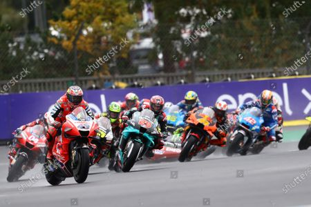 LE MANS CIRCUIT BUGATTI, FRANCE - OCTOBER 11: Jack Miller, Pramac Racing, Valentino Rossi, Yamaha Factory Racing crashes behind during the French GP at Le Mans Circuit Bugatti on October 11, 2020 in Le Mans Circuit Bugatti, France. (Photo by Gold and Goose / LAT Images)