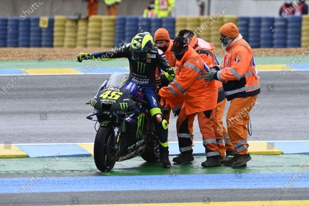 LE MANS CIRCUIT BUGATTI, FRANCE - OCTOBER 11: Valentino Rossi, Yamaha Factory Racing crash during the French GP at Le Mans Circuit Bugatti on October 11, 2020 in Le Mans Circuit Bugatti, France. (Photo by Gold and Goose / LAT Images)