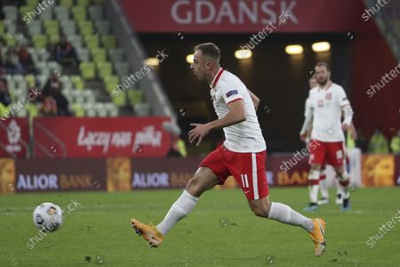 Poland's Kamil Grosicki plays the ball during the UEFA Nations League soccer match between Poland and Italy at Energa stadium in Gdansk, Poland