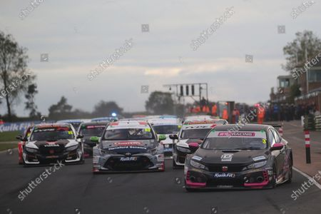 CROFT CIRCUIT, UNITED KINGDOM - OCTOBER 11: Start, Tom Chilton (GBR) - BTC Racing Honda Civic Type R during the Croft at Croft Circuit on October 11, 2020 in Croft Circuit, United Kingdom. (Photo by LAT Images)