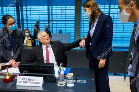 High Representative of the Union for Foreign Affairs and Security Policy Josep Borrell (2-L) and Minister for foreign affairs of Belgium Sophie Wilmes (2-R) attend an EU Foreign Affairs council in Luxembourg, 12 October 2020.
