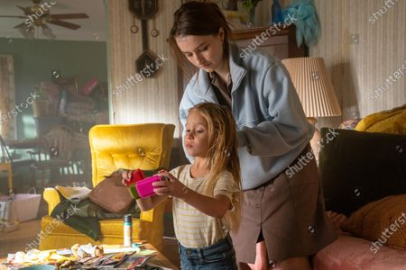 Charlotte Cabell/Vivian Cabell as Jack and Kaitlyn Dever as Toni