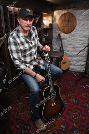 Stock Photo of Exclusive-  Kix Brooks stops by the Circle Television Network, 'Phil Vassar's Songs from the Cellar'