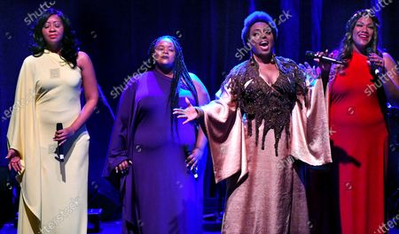 Ledisi Young and performers