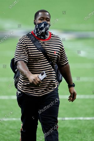 Los Angeles Chargers defensive end Damion Square (71) arrives before an NFL football game against the New Orleans Saints, in New Orleans