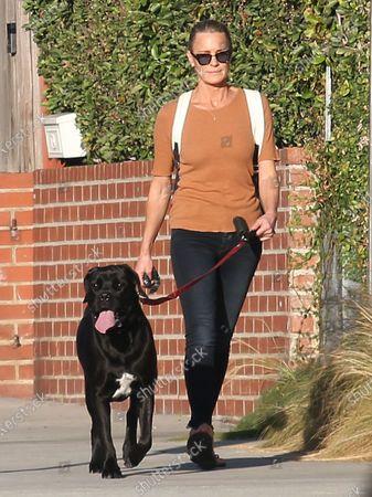 Robin Wright walks her dog in Santa Monica