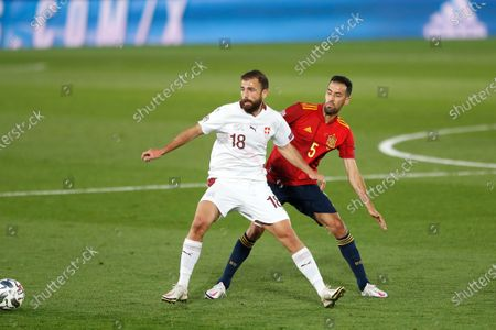 (L-R) Admir Mehmedi (SUI), Sergio Busquets (ESP) - Football / Soccer : UEFA Nations League group stage for final tournament Group A4 Matchday 3 between Spain 1-0 Switzerland at the Estadio Alfredo Di Stefano in Madrid, Spain.