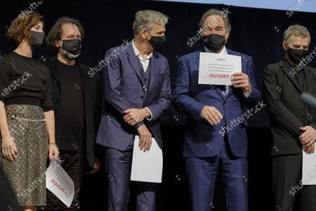 Viggo Mortensen and Oliver Stone