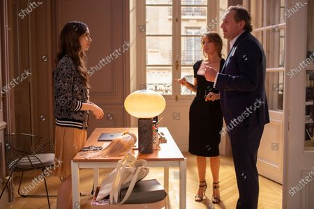 Lily Collins as Emily Cooper, Philippine Leroy-Beaulieu as Sylvie Grateau and Arnaud Viard as Paul Brossard