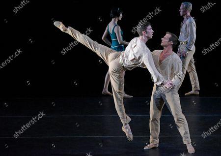 Twyla Tharp Dancers