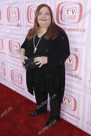 """Conchata Ferrell arrives at the TV Land Awards, in Universal City, Calif. Ferrell, who became known for her role as Berta the housekeeper on TV's """"Two and a Half Men,"""" has died. Ferrell was 77. A publicist says the actor died in Sherman Oaks, Calif. following cardiac arrest, with her family at her side"""