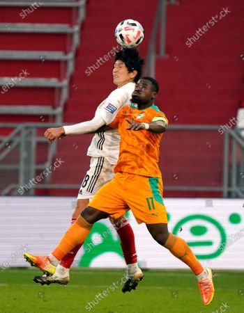 HARAGUCHI Genki of Japan and SERGE AURIER (Cap.) during international friendly match Japan v. Cote d'Ivoire in Stadion Galgenwaard in Utrecht, Netherlands Photo by SCS/Soenar Chamid/AFLO (HOLLAND OUT)/AFLO