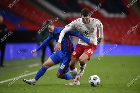 Mason Mount of England (L) and Andreas Christensen of Denmark (R) in action during the UEFA Nations League match between England and Denmark in London, Britain, 14 October 2020.