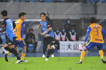 Ryota Oshima (10) of Kawasaki Frontale during the J.League J1 soccer match between Kawasaki Frontale 1-0 Vegalta Sendai at Todoroki Stadium in Kanagawa, Japan.