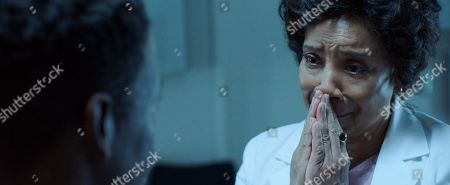 Stock Photo of Phylicia Rashad as Dr. Lillian Brooks