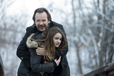 Stock Image of Peter Sarsgaard as Jay and Joey King as Kayla