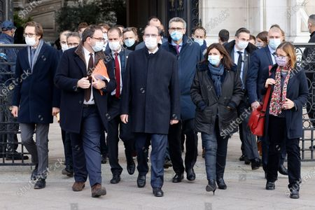 (L-R) La Republique en Marche (LREM) deputy Pacome Rupin, Head of Ile-de-France Regional Health Agency (ARS) Aurelien Rousseau, French Prime Minister Jean Castex and Mayor of Paris Anne Hidalgo leave Paris City Hall in Paris, 15 October 2020. France on October 14 became the latest European country to toughen anti-coronavirus measures, imposing a curfew in Paris and eight other cities from October 17.
