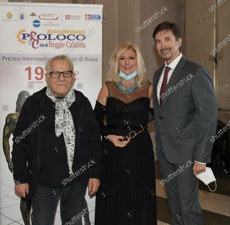 Carlo Pignatelli, Elena D'Ambrogio Navone, Riccardo Signoretti