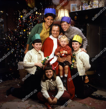 Series 1 Picture shows - David Jason as Pop Larkin with all the children - (L-R, Top to Bottom) Abigail Rokison as Primrose, Ian Tucker as Montgomery, Katherine Giles as Zinnia, Ross Marriott as Oscar, Christina Giles as Petunia and Stephanie Ralph as Victoria