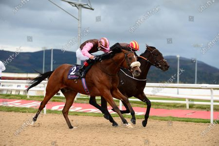 DUNDALK 16-October-2020. GEE REX and Mikey Sheehy (near side) beats MOVING FORWARD (Scott McCullagh) for owners Rugby & Racing Syndicate and trainer Joseph O'Brien.