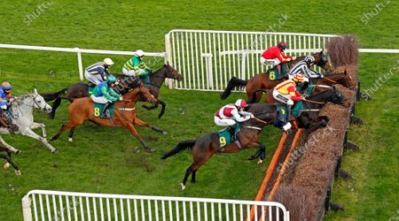 SIR JACK YEATS (nearside, James Bowen) on his way to winning The Download The At The Races App Handicap Chase Fakenham