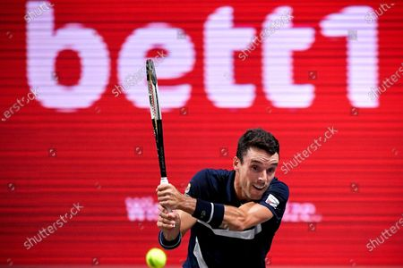 Roberto Bautista Agut of Spain in action during his quarter final match against Hubert Hurkacz of Poland at the bett1HULKS Indoors tennis tournament in Cologne, Germany, 16 October 2020.