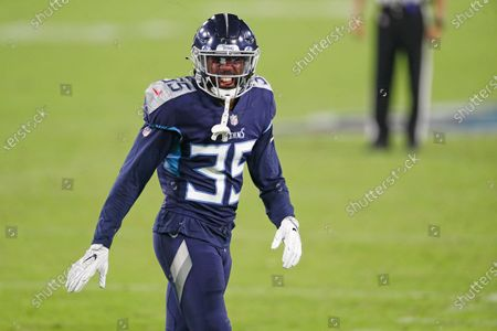 Tennessee Titans defensive back Chris Jackson (35) plays against the Buffalo Bills in the first half of an NFL football game, in Nashville, Tenn