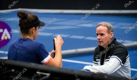 Michael Geserer during practice with Jennifer Brady at the 2020 J&T Banka Ostrava Open WTA Premier tennis tournament