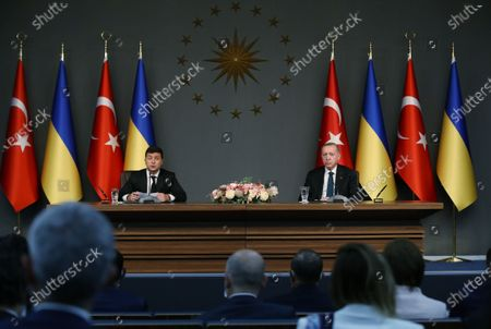 Turkish President Recep Tayyip Erdogan (R, Rear) and Ukrainian President Volodymyr Zelensky (L, Rear) attend a joint press conference in Istanbul, Turkey, on Oct. 16, 2020. Erdogan and Zelensky on Friday pledged to enhance cooperation in a wide range of areas amid the COVID-19 pandemic.
