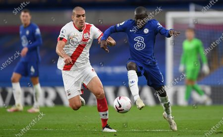N'Golo Kante (R) of Chelsea in action against Oriol Romeu of Southampton during the English Premier League match between Chelsea and Southampton in London, Britain, 17 October 2020.