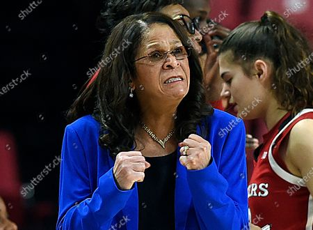 "Rutgers head coach C. Vivian Stringer reacts in the final minutes of an NCAA college basketball game against Maryland in Baltimore. Super Bowl MVP Eli Manning, legendary Rutgers women's basketball coach Stringer, ""Roots"" and ""Good Times"" star John Amos, and actors Flip Wilson and Danny Aiello will be among those inducted into the New Jersey Hall of Fame on"