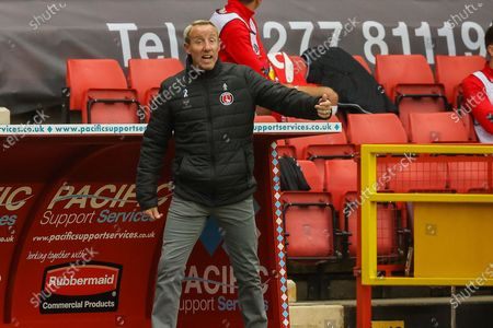 Charlton Athletic manager Lee Bowyer instructs his team during the EFL Sky Bet League 1 match between Charlton Athletic and Wigan Athletic at The Valley, London