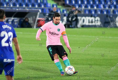 Lionel Messi of FC Barcelona shoot the ball  during the spanish league,  La Liga, football match played between Getafe CF and FC Barcelona at Coliseum Alfonso Perez on October 17, 2020 in Getafe, Madrid, Spain.