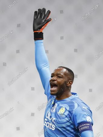 Olympique Marseille's goalkeeper Steve Mandanda reacts during the French Ligue 1 soccer match between Olympique Marseille and Bordeaux at Orange Velodrome stadium in Marseille, France, 17 October 2020.