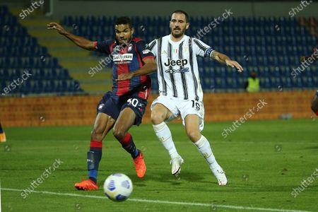 Junior Messias of Crotone and Leonardo Bonucci of Juventus