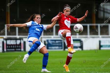 Carla Humphrey of Bristol City Women challenges with Sarah Mayling of Birmingham City Women- Mandatory by-line: Will Cooper/JMP