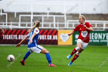Jemma Purfield of Bristol City Women passes the ball- Mandatory by-line: Will Cooper/JMP