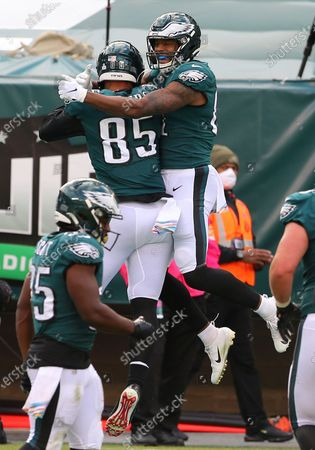 Philadelphia Eagles' Jason Croom, right, celebrates his touchdown catch with Richard Rodgers (85) during the fourth quarter of an NFL football game against Baltimore Ravens, in Philadelphia. The Ravens defeated the Eagles 30-28