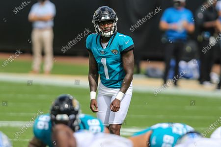 Jacksonville Jaguars place kicker Jon Brown (1) prepares for his second field goal attempt of the day during an NFL football game against the Detroit Lions, in Jacksonville, Fla