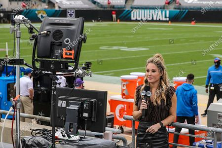 Stock Image of On FOX Sideline Reporter Jennifer Hale before an NFL football game between the Jacksonville Jaguars and the Detroit Lions, in Jacksonville, Fla