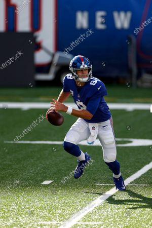 New York Giants quarterback Daniel Jones (8) in action during an NFL football game against the Washington Football Team, in East Rutherford, N.J