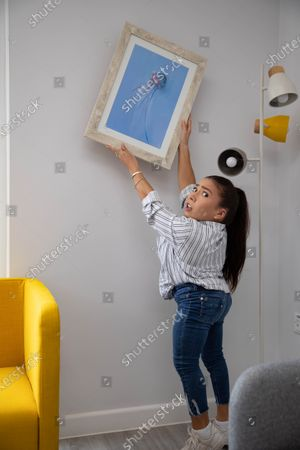 Stock Image of 'The Dumping Ground' actress Annabelle Davis donates her artwork to local children's mental health charity The Young Peoples Counselling Service (YPCS).