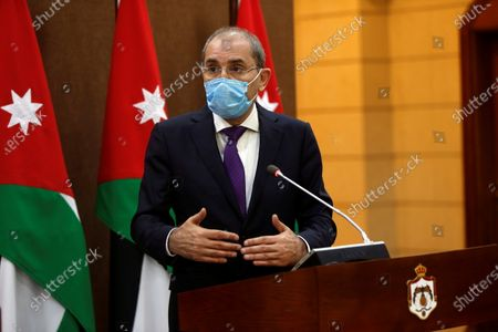 Jordanian Foreign Minister Ayman Safadi speaks during a news conference with his Kuwaiti counterpart Sheikh Ahmad Nasser al-Mohammad al-Sabah in Amman, Jordan, 19 October 2020.