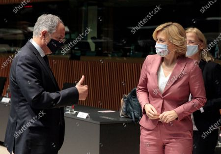 German Minister of Food, Agriculture and Consumer Protection Julia Kloeckner (R) speaks with Cyprus' Agriculture Minister Costas Kadis (L) prior to an EU Agriculture and Fisheries council ministers meeting in Luxembourg, 19 October 2020.