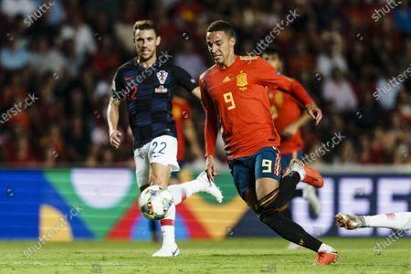 Rodrigo Machado of Spain (R) in action against Josip Pivaric of Croatia (L) during their UEFA Nations League 2018-19 match between Spain and Croatia at Manuel Martínez Valero